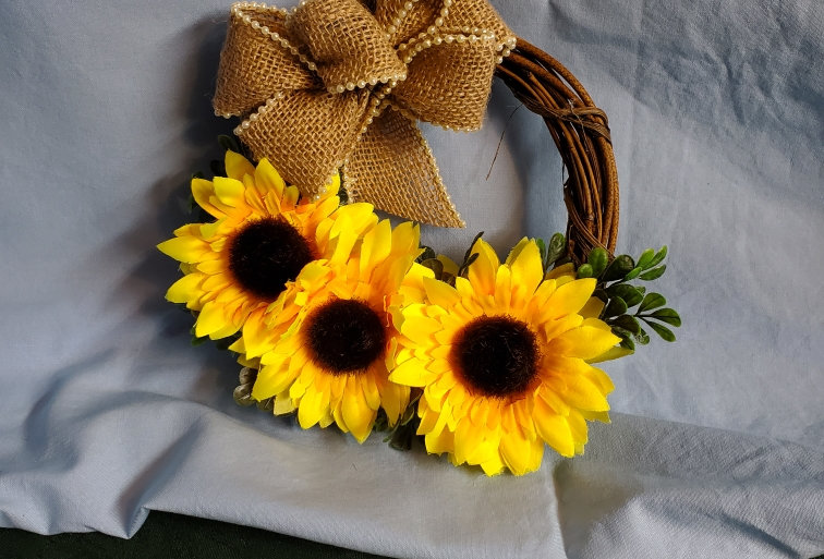 Sunflower small grapevine wreath