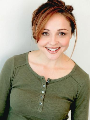 Ellie Araiza