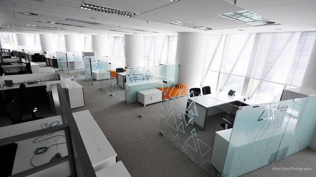 kkr2-office-interior-overviewjpg