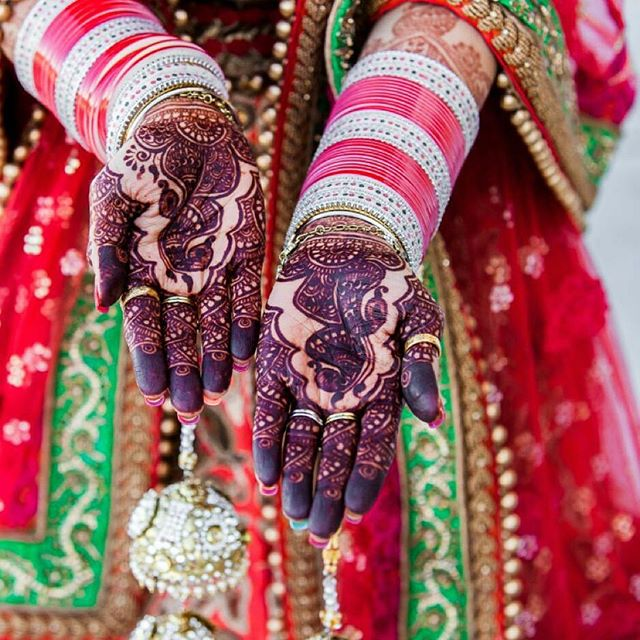 LOOOOOVE this amazing #hennastain photo from one of my previous brides