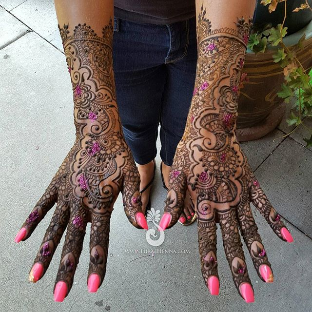 This beautiful #IndoArabic #EngagementMehndi for _sharoononthebeat's sweet fiancée Roweena_---------