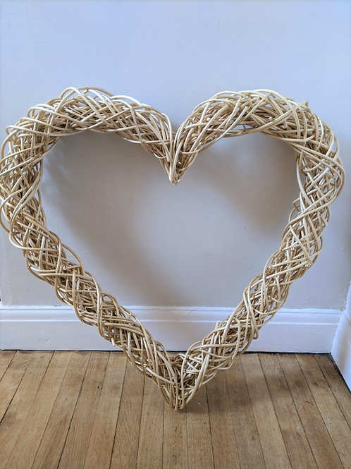 Natural White Willow Heart