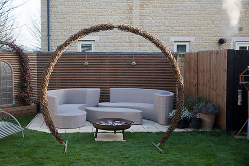Woven Moongate Arch
