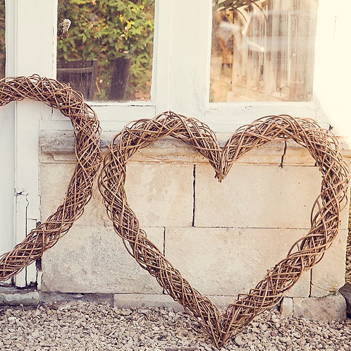 Medium Willow Heart