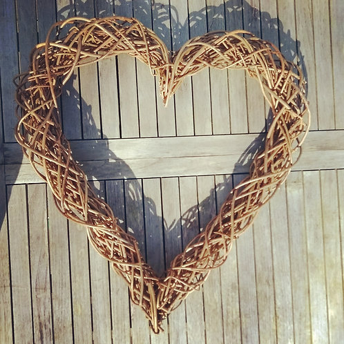 Small Willow Woven Heart