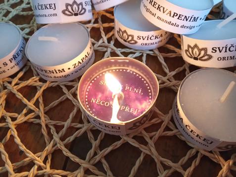 Svíčka s překvapením
