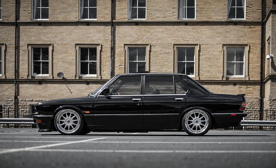 80 BMW E21