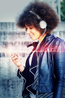 Sahra Headphone 3 laser.jpg
