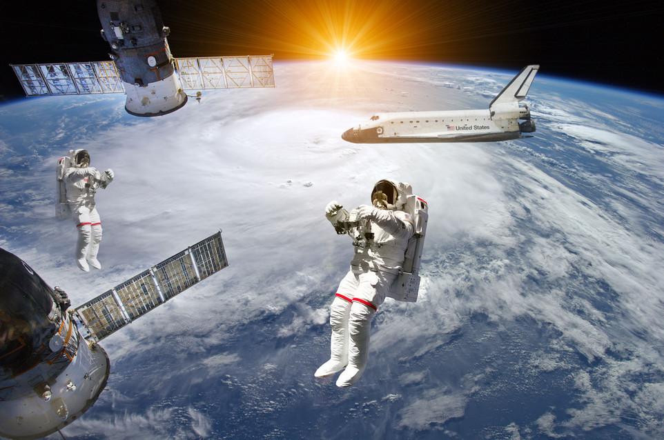 Weltraum Shuttel Astronauten 15.jpg