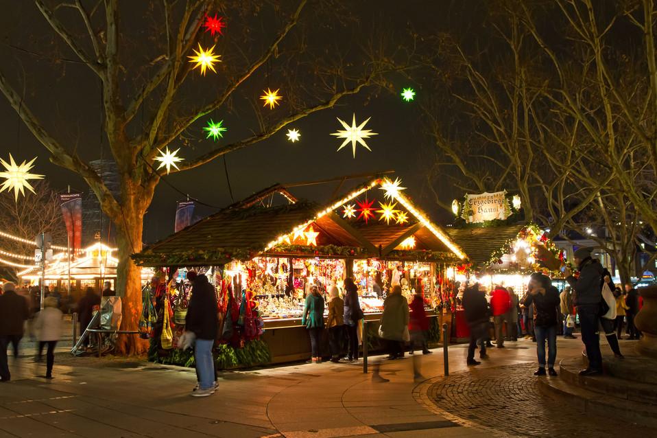 Weihnachtsmarkt Stuttgart 15 - 2.jpg