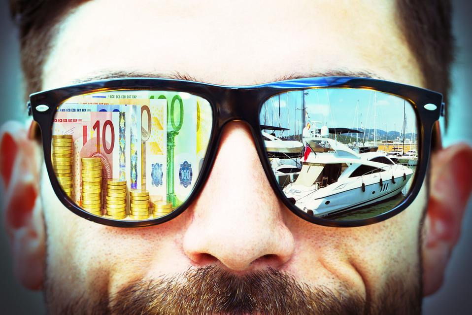 Markus Brille geld boot.jpg