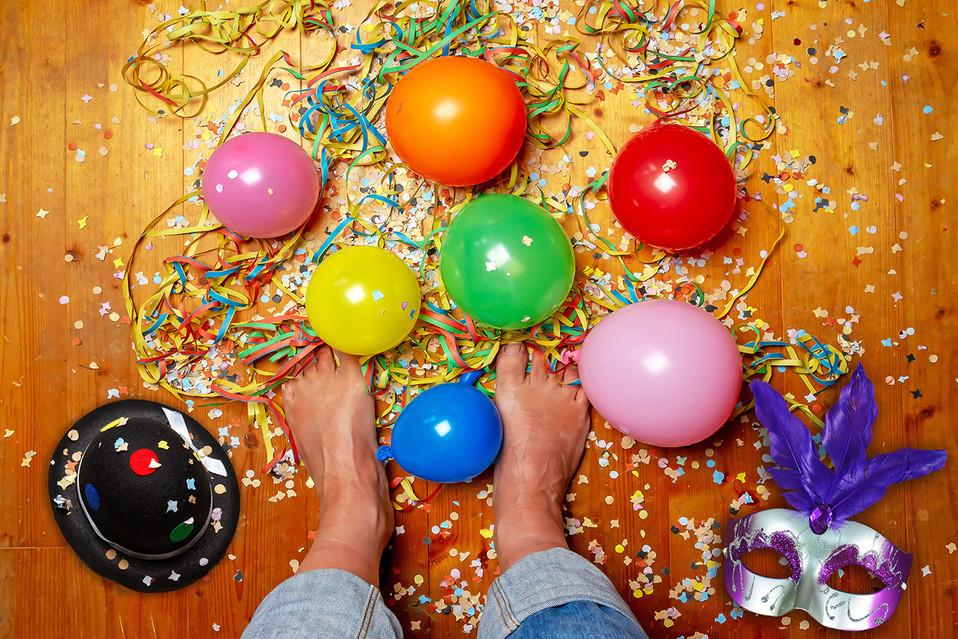 Karneval_Fueße_Deko_2_19.jpg