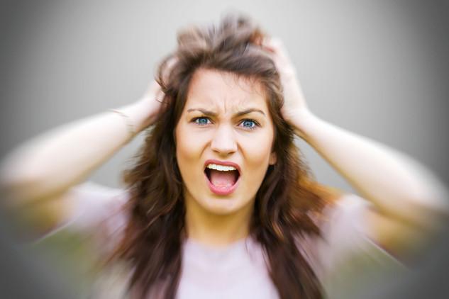 Sophie Gesicht Wut hintergrund 2.jpg