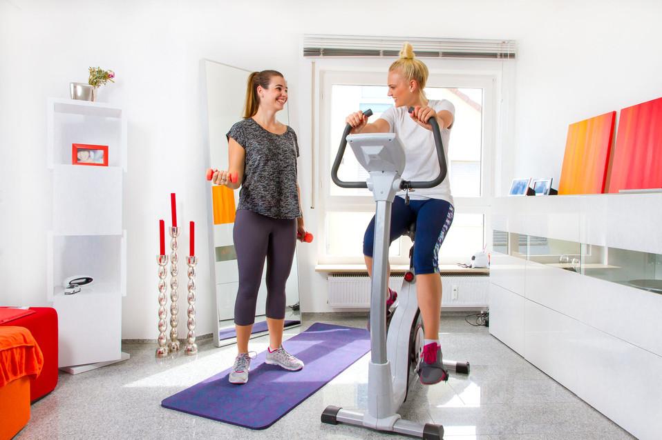 Marissa Vanesa Fitness Zimmer.jpg