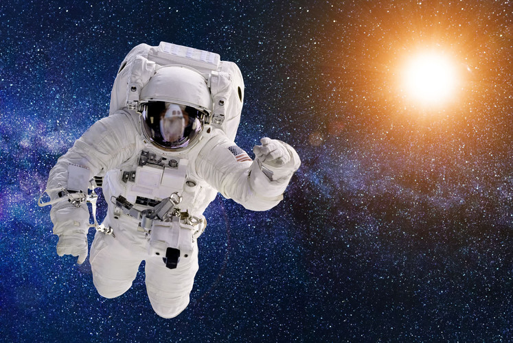 Astronaut in Space 17.jpg