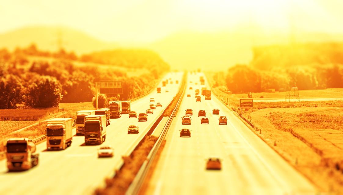 Autobahn Licht Tilt Shift 16.jpg