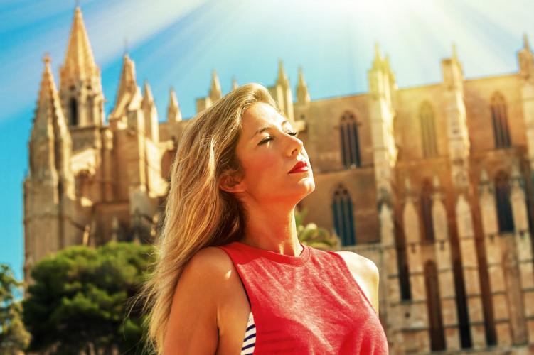 Maria Mallorca 3 Sun 19.jpg