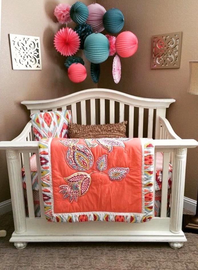 Vintage Crib | Rustic Roots