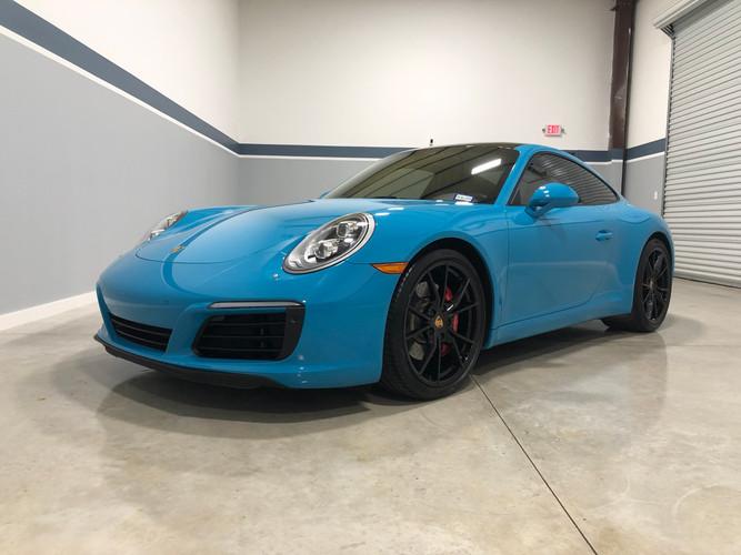 Porsche911.jpeg