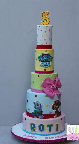 cakes in Milton Keynes, wedding cakes, celebration cakes,wedding cakes, celebration cakes, wedding and celebration cakes
