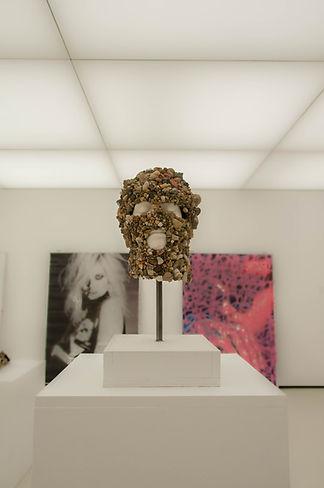 stephanie brossard collection Yvon lambert avignon musée exposition art contemporain mode fashion cagoule masque pierre minerale performance artiste francaise france