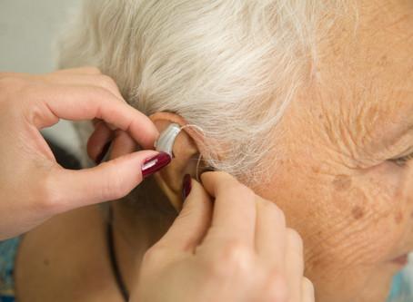 Dificuldades para ouvir bem? Prótese auditiva pode ser a solução