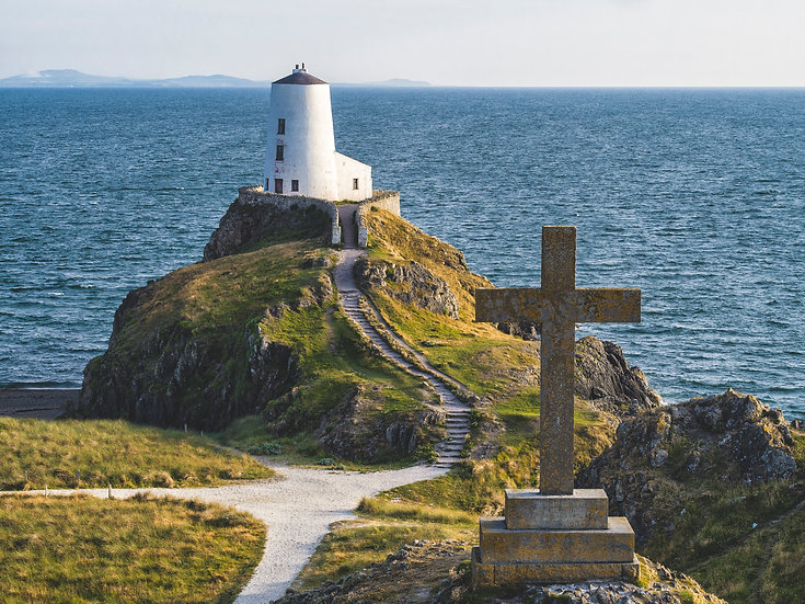 Llanddwyn Lighthouse & Cross