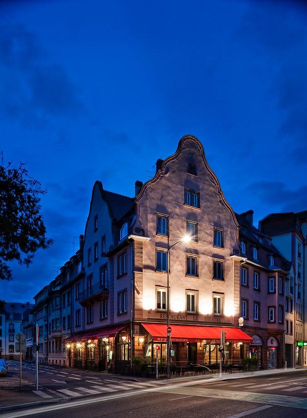 Restaurant Le Théâtre au centre de Colmar en face du Théâtre Unterlinden. Cuisine gourmande, généreuse et faite maison. Portion XXL avec la possibilité de prendre à emporter ou en doggy bag.