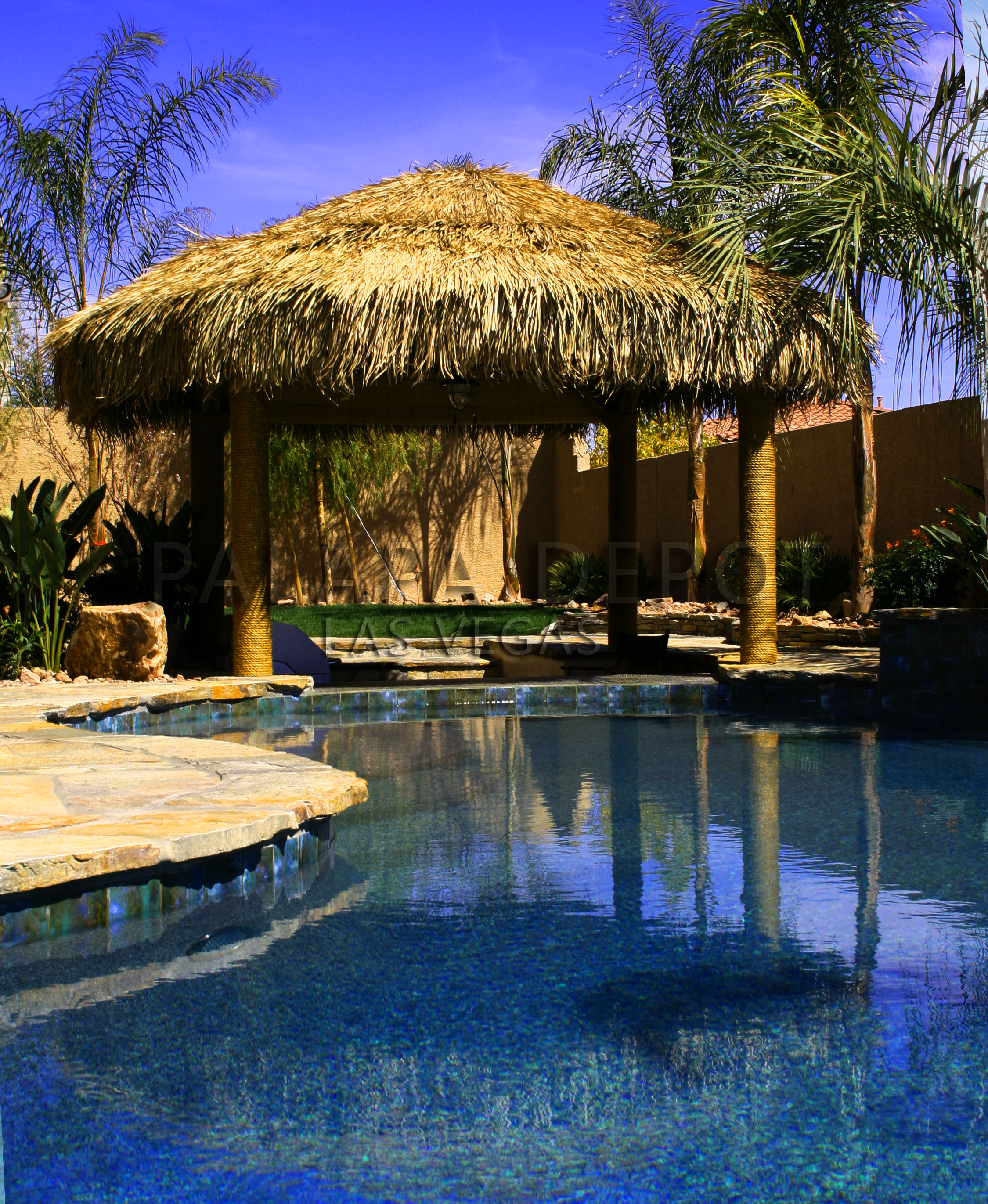 Palapa over sunken bar