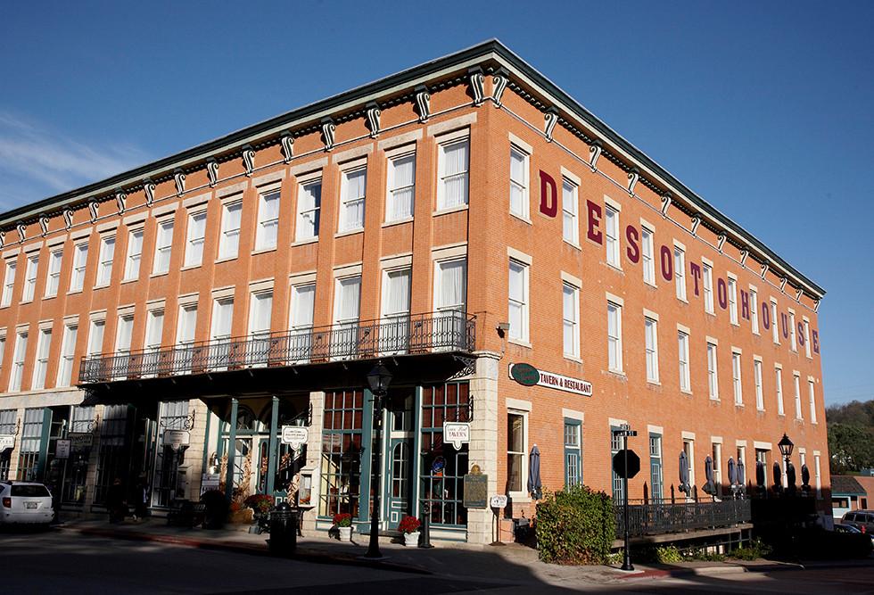 DeSoto Building 230 S. Main Street