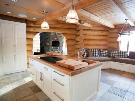Cabin - Kitchen