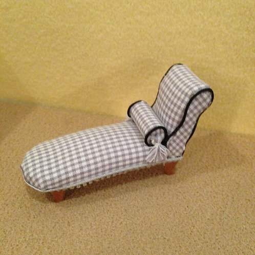 1/24th scale Chaise Longue Daybed.