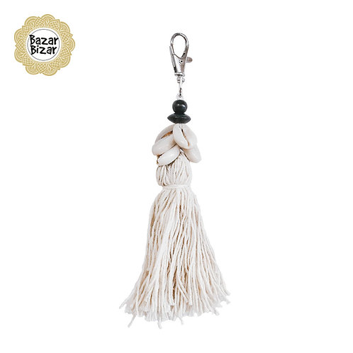 BazarBizar-The Cowrie Tassel Keychain - White