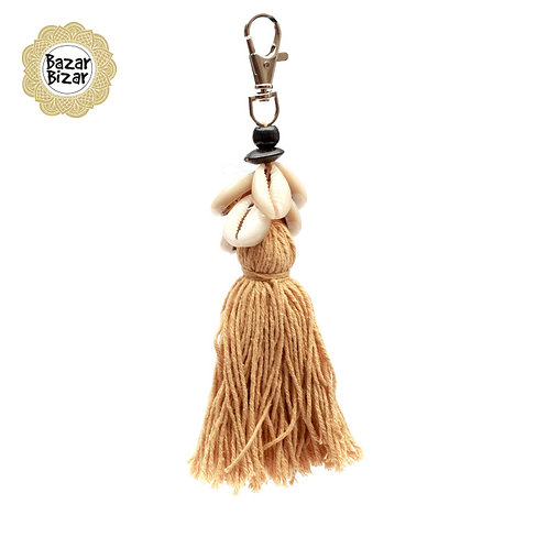 Bazar Bizar - The Cowrie Tassel Keychain - Mocca