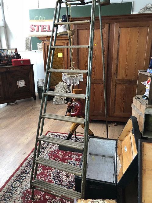 Vintage metalen ladder