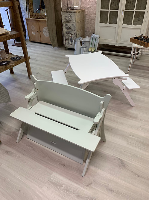 All-in-one children's table