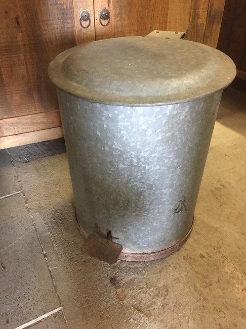 Vintage pedal bin