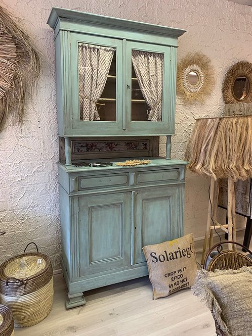 Authentic display cabinet