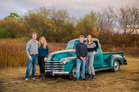 Santa_Maria_Family_Photos_Vintage_Truck-