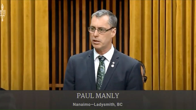 Paul Manly calls on government to create a national affordable housing strategy