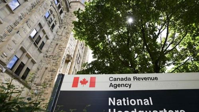 'It didn't seem right': Class-action lawsuit proposed over CERB repayments