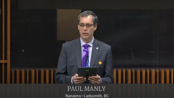 Paul Manly expresses his condolences to those affected by the tragedy in Nova Scotia