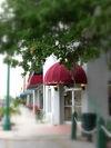 The entrance to the Oak Park Inn