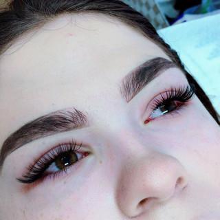eyelash extension volume