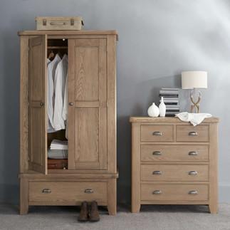 HO_wardrobe_COD.jpg