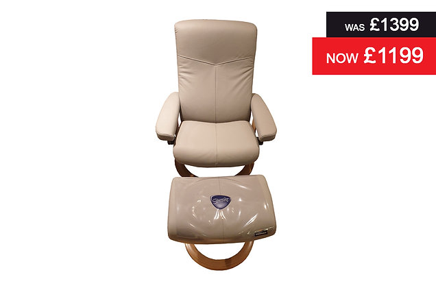 Stressless Dover Medium Recliner Chair & Footstool - Batick Wild Dove
