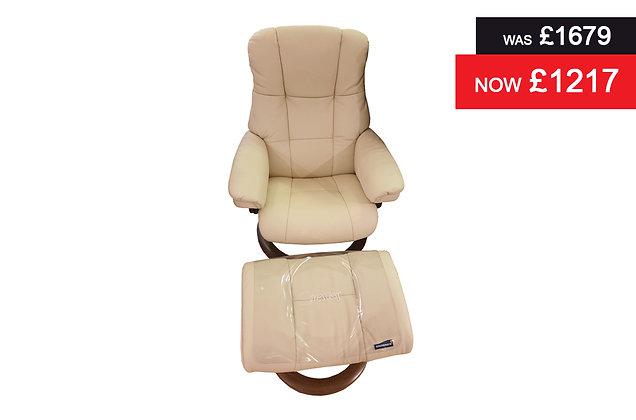 Stressless Chelsea Recliner Chair & Footstool - Batick Cream