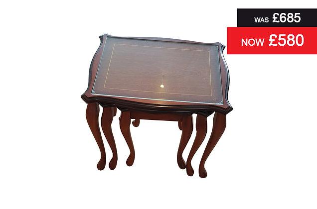 A907 Traditional nest of three tables - Natural Mahogany