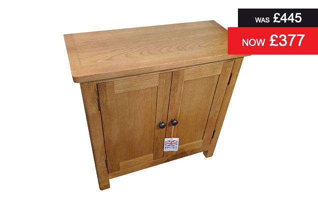 Medium Oak Small Sideboard