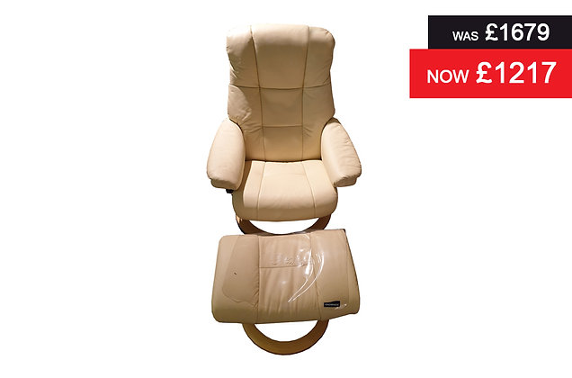 Stressless Mayfair Small Recliner Chair & Footstool - Batick Cream